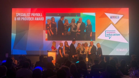 Dataplan Education win Specialist Payroll and HR Provider Award at The Rewards 2019